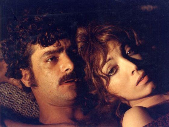 Giancarlo Giannini e Mariangela Melato, Mimì metallurgico ferito nell'onore (Lina Wertmüller, 1972). Courtesy Austrian Film Museum