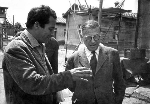 Gillo Pontecorvo con Jean-Paul Sartre sul set di Kapò, 1959
