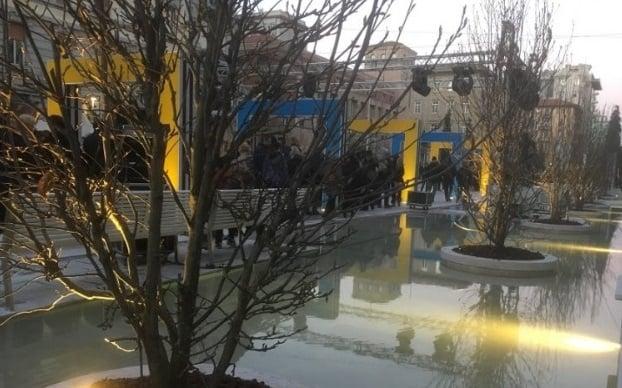 L'intervento di Daniel Buren a Piazza Verdi a La Spezia (foto cittadellaspezia.com)