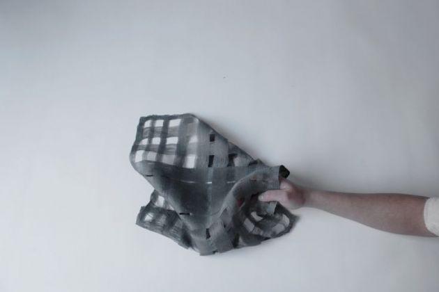 Le sciarpe profumate di Alexandra Stück