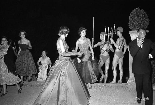 Luglio 1953, Ballo in Boboli © Archivio Foto Locchi