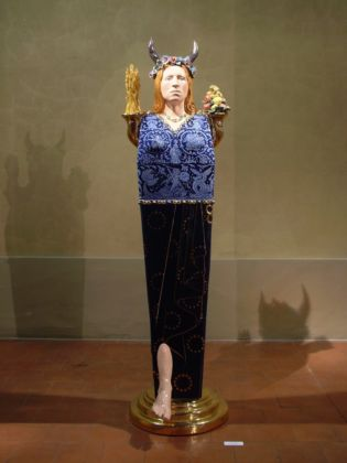 Luigi Ontani, Ermestetica d'Europa, 2003 - Collezioni d'Arte e di Storia della Fondazione Cassa di Risparmio in Bologna - photo Mario Berardi