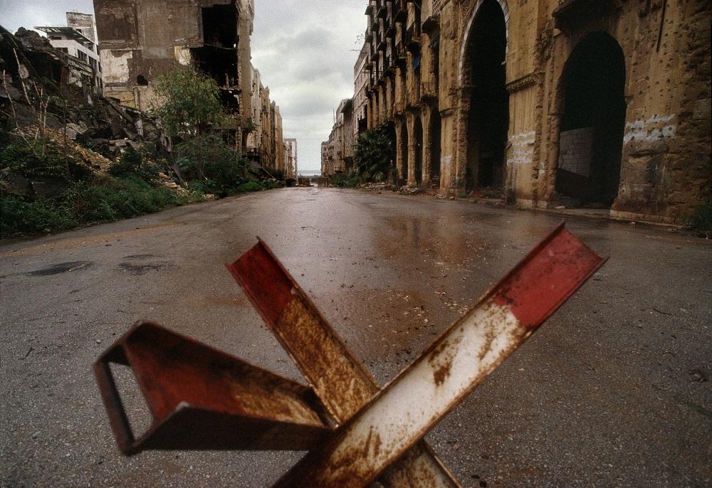 Maarad Street. Beirut, Lebanon, 1991 © René Burri / Magnum Photos