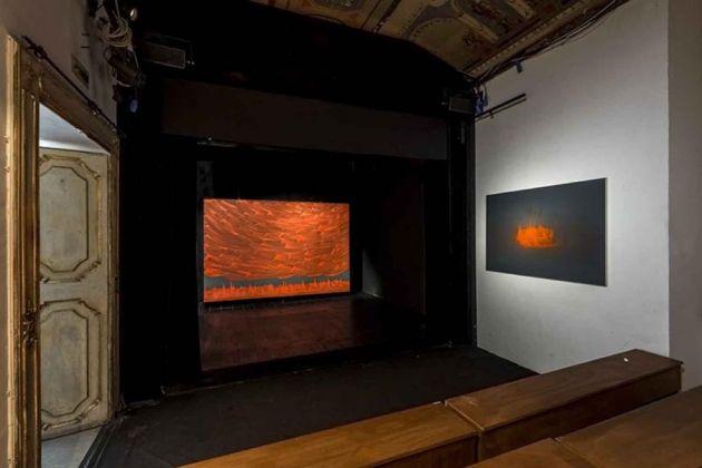 Matteo Montani. Racconto Rosso. Exhibition view at L'Attico, Roma 2016. Photo Sebastiano Luciano