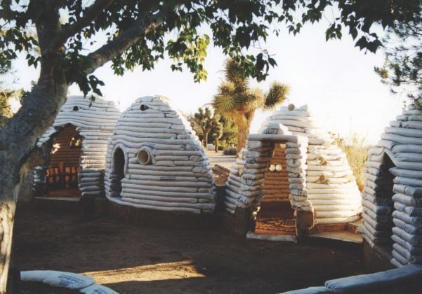 Nader Khalili, Sandbag Shelter, 1995 - Courtesy of the California Institute of Earth Art and Architecture