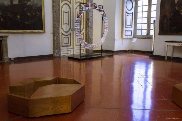 The Rebirth Triad – exhibition view at Reggia di Caserta, 2016 © Intragallery. Foto di Claudia Scuro