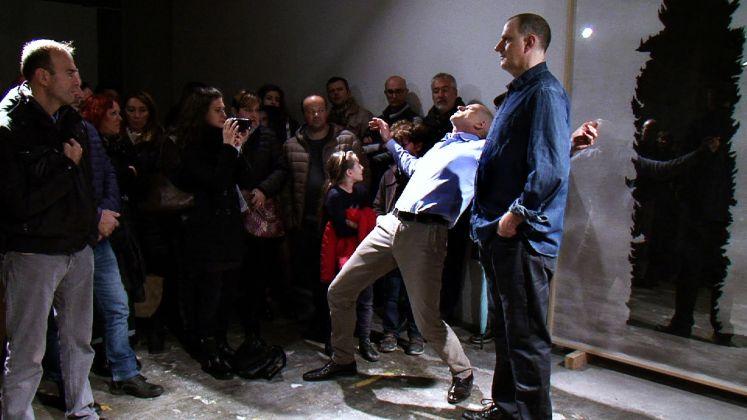 Tom Johnson, Frame della performance Un piano nobile per un uomo alto