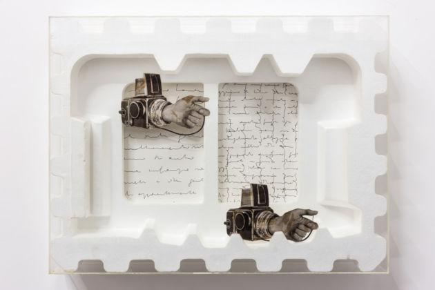 Tomaso Binga, Auto-foto-biografica, 1974, polistirolo, collage e plexiglas, cm 50 x 66 x 9,8, Galleria Tiziana Di Caro, Napoli