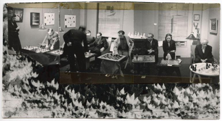 Torneo di scacchi alla Julien Levy Gallery, gennaio 1945. Collage di Dorothea Tanning con fotografie di Julien Levy