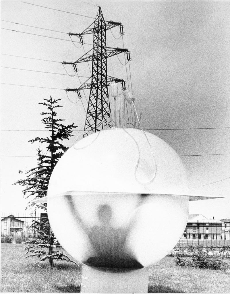 Ugo La Pietra, Immersione Uomouovosfera, 1968. Courtesy Archivio Ugo La Pietra, Milano