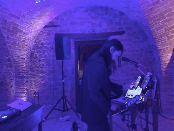 Vincenzo Core performing at Pollinaria, Città Sant'Angelo 2017. Photo Carla Capodimonti