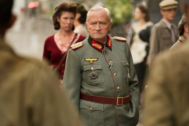 Volker Schlöndorff, Diplomacy. Una notte per salvare Parigi (2014)