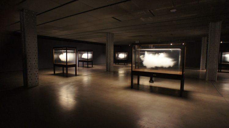 Arco Madrid. Leandro Elrich, Changing Rooms. Dettaglio dell'installazione presso Espacio Fundación Telefónica