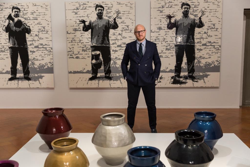 Arturo Galansino in una delle sale della mostra Libero di Ai Weiwei