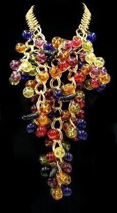 Enrico Coveri, Giardini all'italiana, PE 1989, collana, cristalli Swarovski, metallo dorato, vetri di Murano