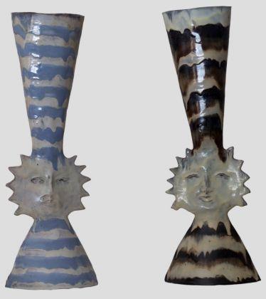 Fausto Melotti, Vasi Sole, 1950 ca., ceramica smaltata policroma, 27x17x13 cm