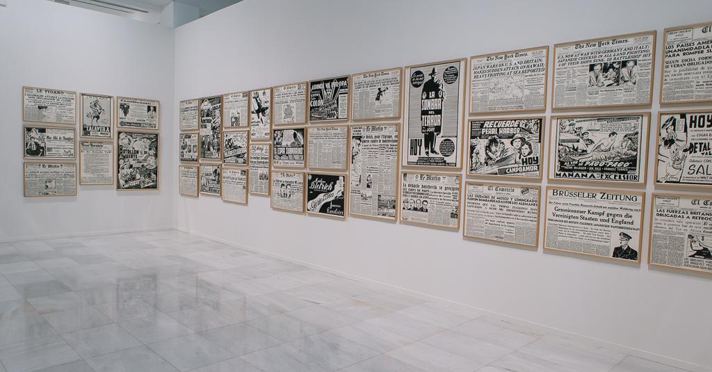 Fernando Bryce, El Mundo en Llamas, Próxima Parada. Artistas peruanos en la Colección, exhibition view at a Sala Alcalá 31 de la Comunidad de Madrid, 2017