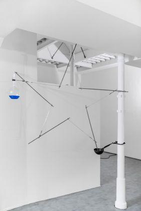 Gilberto Zorio, Stella calibrata 2016. Courtesy Galleria de' Foscherari, Bologna. Photo Paolo Panzera