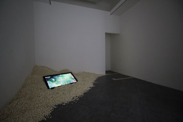 IOCOSE, Failing Forward. Exhibition view at Il Colorificio, Milano 2017. Photo Sebastiano Pala