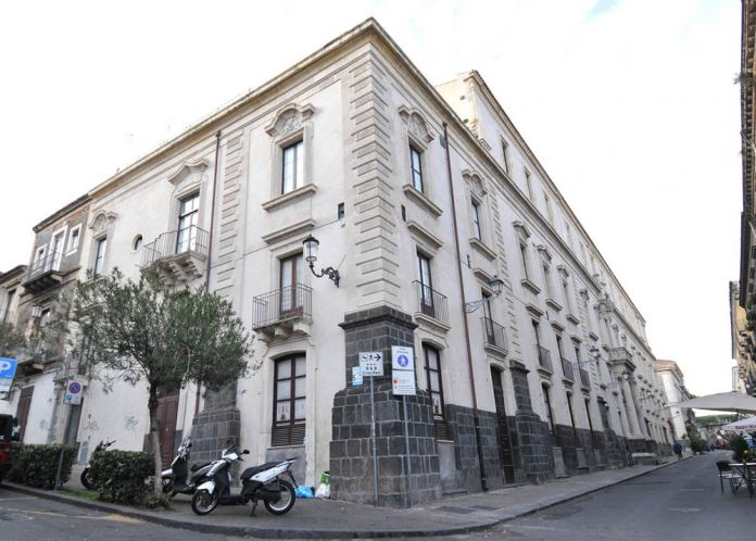 L'ex convento dei crociferi, futura sede del Museo Egizio a Catania