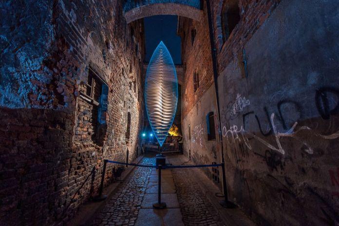 La Universal Spin di Alessandro Lupi installata a Torún per il Bellaskyway Festival 2015