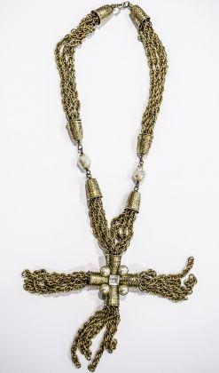 Moschino, realizzato da Sharra Pagano, 1990, collana, ottone, Archivio Sharra Pagano