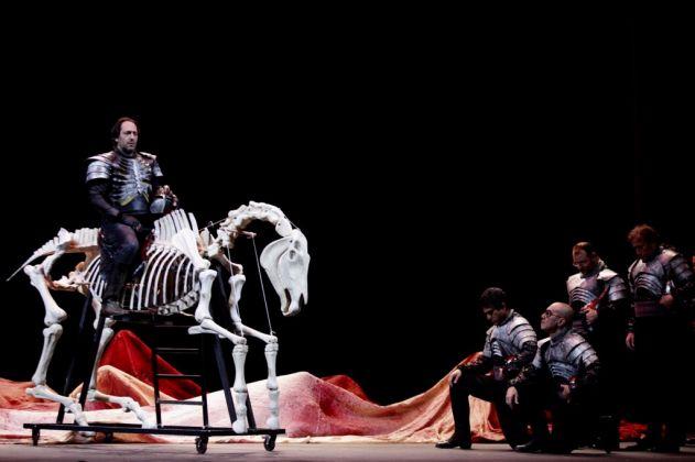 Macbeth di Giuseppe Verdi con la regia di Emma Dante. Teatro Massimo, Palermo 2017