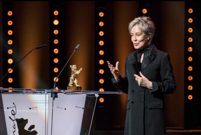 Milena Canonero riceve l'Orso d'Oro per la carriera alla Berlinale 2017