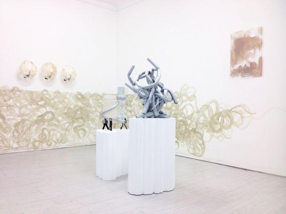 Nicola Gobetto. Hands up, Hands tied. Instalaltion view at Galleria Davide Gallo, Milano 2017