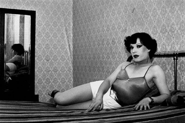 Paz Errazuriz, Evelyn, 1983. Fotografía negativo blanco y negro impreso en papel fibra, 60 x 50 cm
