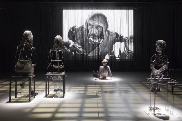 Pietro Masturzo + Roberto Fanari, Memores@Elfo. Installation view at Teatro Elfo Puccini, Milano 2017. Photo Lorenzo Palmieri