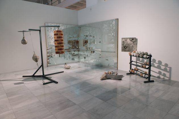 Próxima Parada. Artistas peruanos en la Colección, exhibition view at a Sala Alcalá 31 de la Comunidad de Madrid, 2017