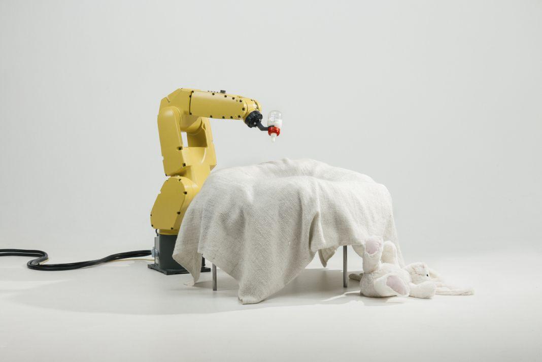 Stephan Bogner, Philipp Schmitt & Jonas Voigt, Raising Robotic Natives, 2016 © Jonas Voigt