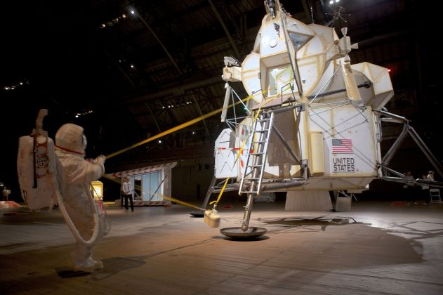 Tom Sachs, Space Program, installation view -Ph. Josh White