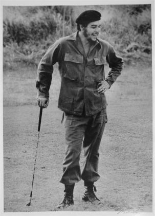 Alberto Korda, Che Guevara gioca a golf, 1961