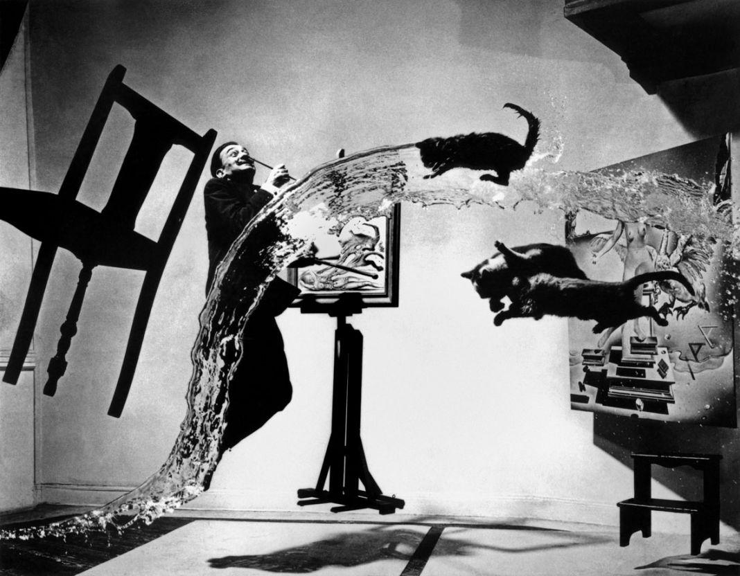 Dalí Atomicus, 1948 © Philippe Halsman-Magnum Photos