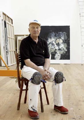 Georg Baselitz nel suo studio ad Ammersee, 2009. Photo © Martin Müller