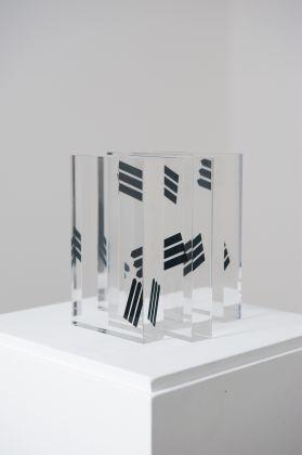 Jasmine Pignatelli, Directionless, 2017, stampa su plexiglas, 4 moduli