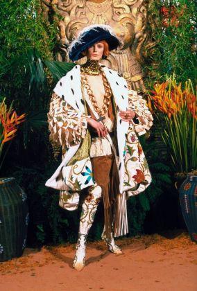 John Galliano for Christian Dior, Autumn/Winter 1998 –1999, Haute Couture © Guy Marineau