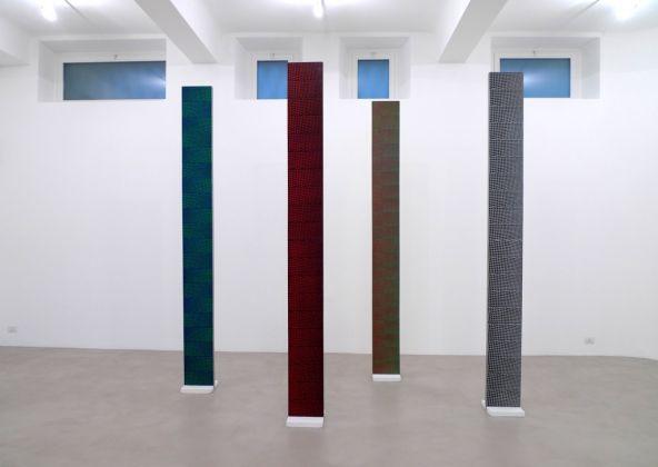 Mario Nigro. Dal Ritmo verticale allo Spazio totale. Exhibition view at A Arte Invernizzi, Milano 2017. Photo Antoh Mansueto