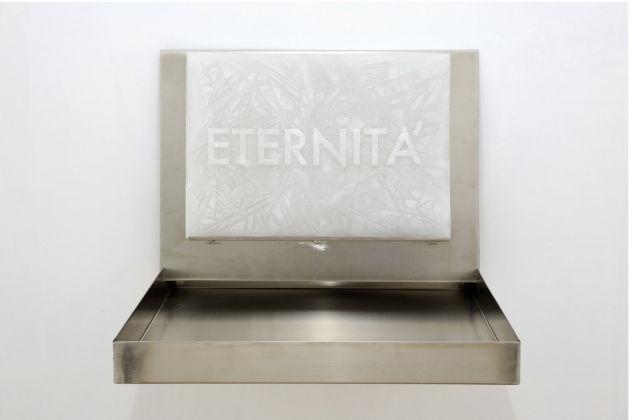 Sabrina Mezzaqui, Eternità (La Regina delle Nevi), 2011. Courtesy Galleria Continua, San Gimignano/Beijing/Les Moulins/Habana