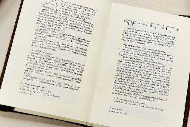 Sabrina Mezzaqui, I quaderni di Simone Weil, 2010-16. Collezione privata, Monza
