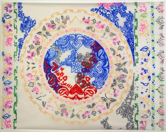 Stefano Arienti, Disegni a ricalco di tessuti, 1999-2000, acrilici su carta da lucido, installazione composta da 15 fogli, altezze variabili, larghezza fissa 110 cm