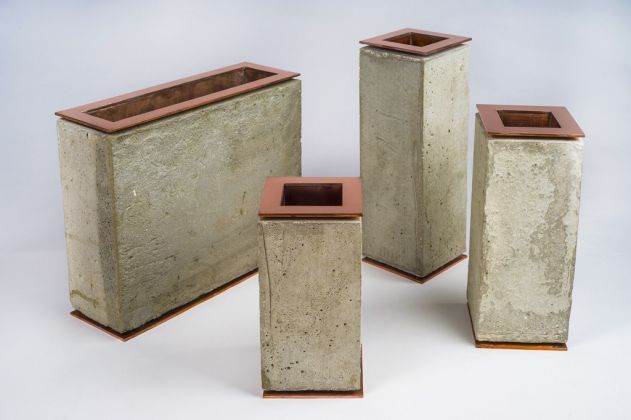 Vasi in rame e cemento, design Abderrahim Kebbab Rouji, Costantina Copper Cluster, Algeria