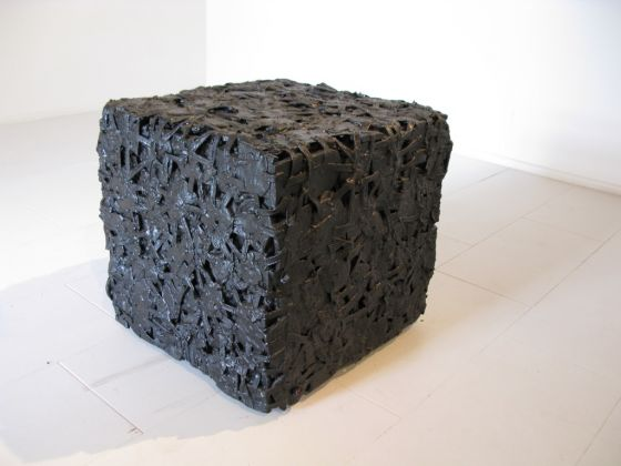Virginia Ryan, African Cube, 2009. Collezione della Città di Terni