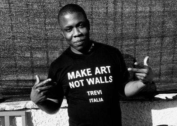 Virginia Ryan, Make Art Not Walls project in Trevi, 2017