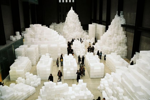 Rachel Whiteread, Embankment, 2005. Tate Modern, Turbine Hall, Londra