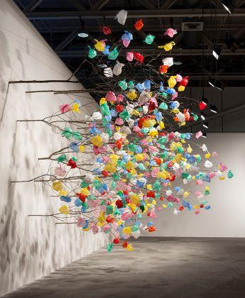 Pascale Marthine Tayou, Plastic Tree, ph. designboom