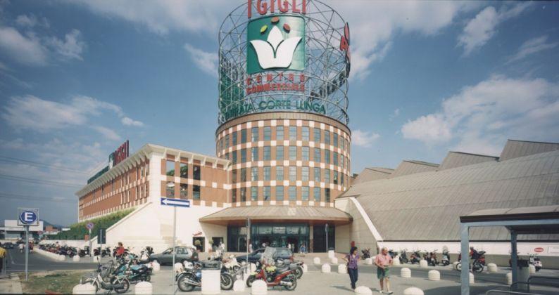 Adolfo Natalini, Centro commerciale I Gigli, Campi Bisenzio