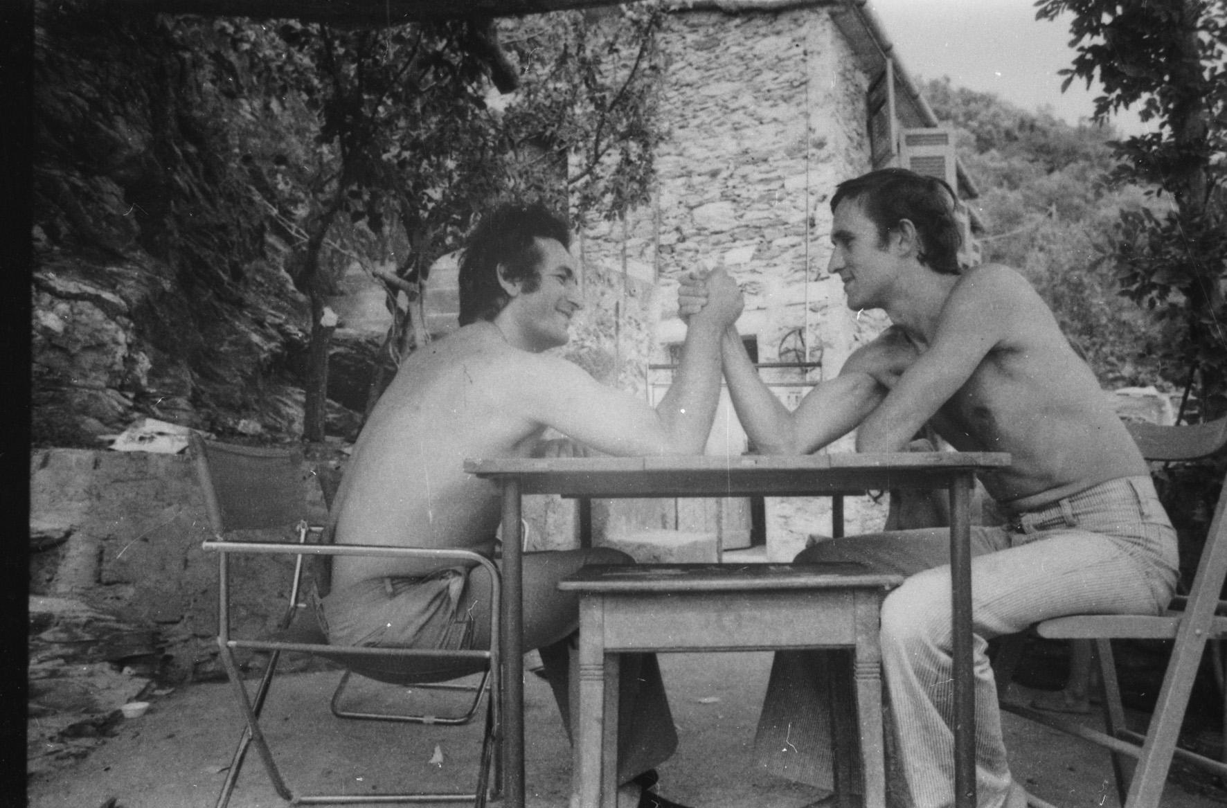 Alighiero Boetti e Salvo, Vernazza, 1969. Photo Anne Marie Sauzeau